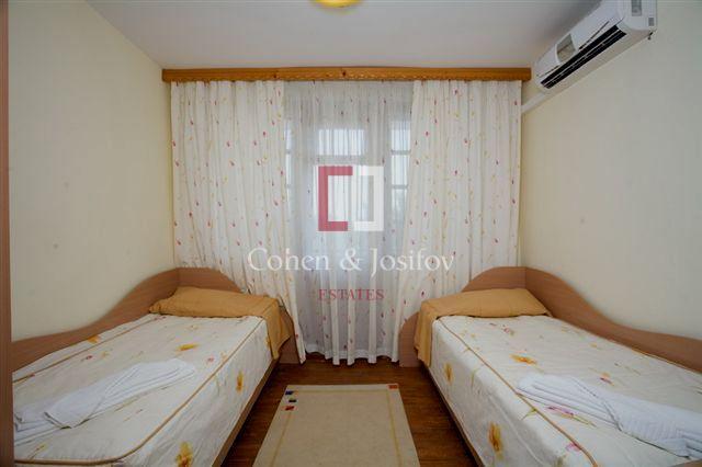 11_Twin bedroom_2
