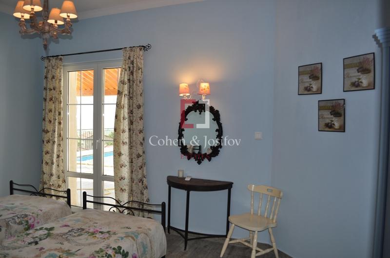 14_Blue bedroom again