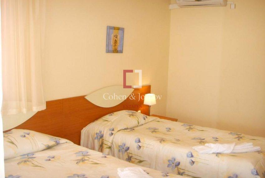 14_Twin bedroom 3