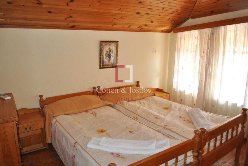 14_Twin bedroom 4