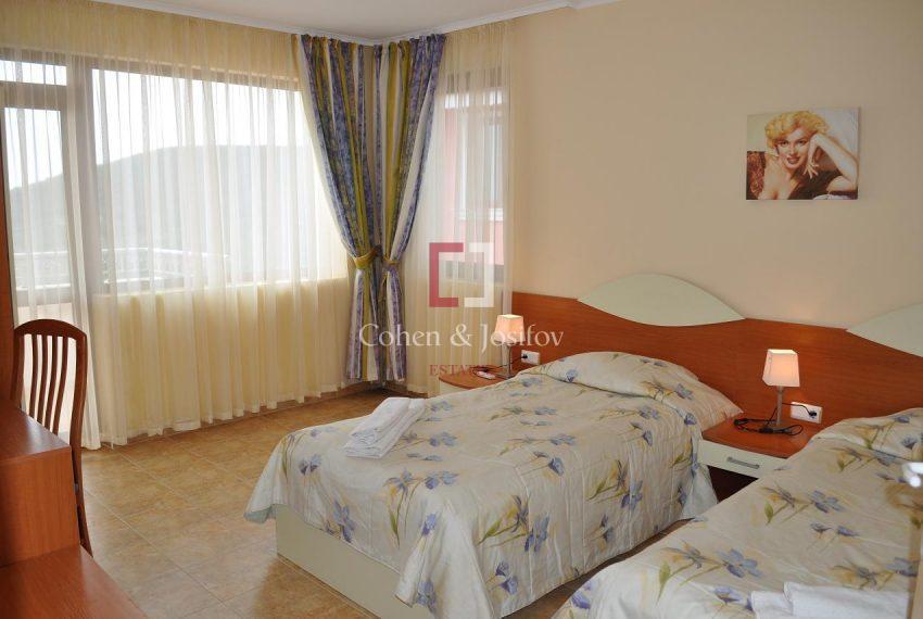 15_Twin bedroom 4
