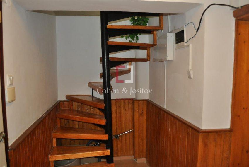20_Spiral staircase