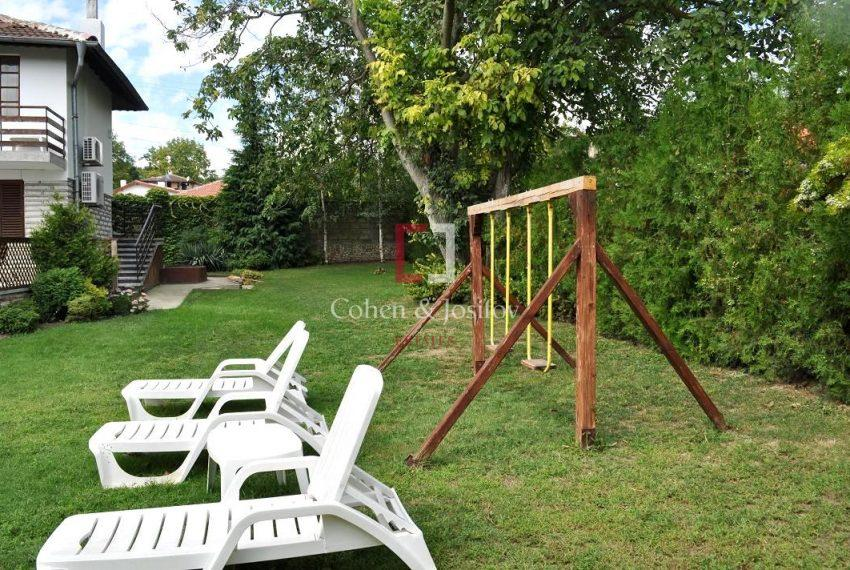 3_Garden swing