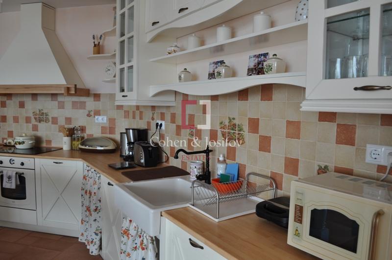 4_Open plan kitchen