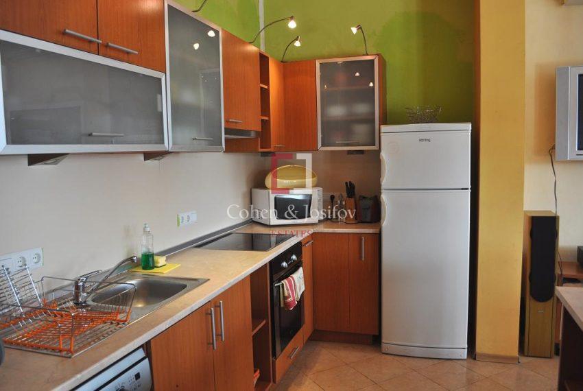8_Kitchen