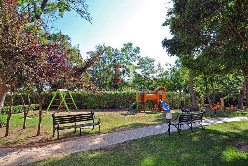 golden-eagle-playground