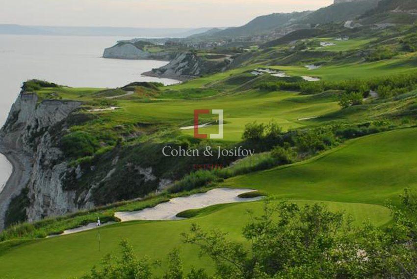 thracian-golf-house001