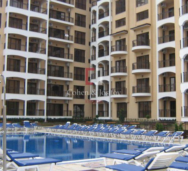 apartment-golden-sands1