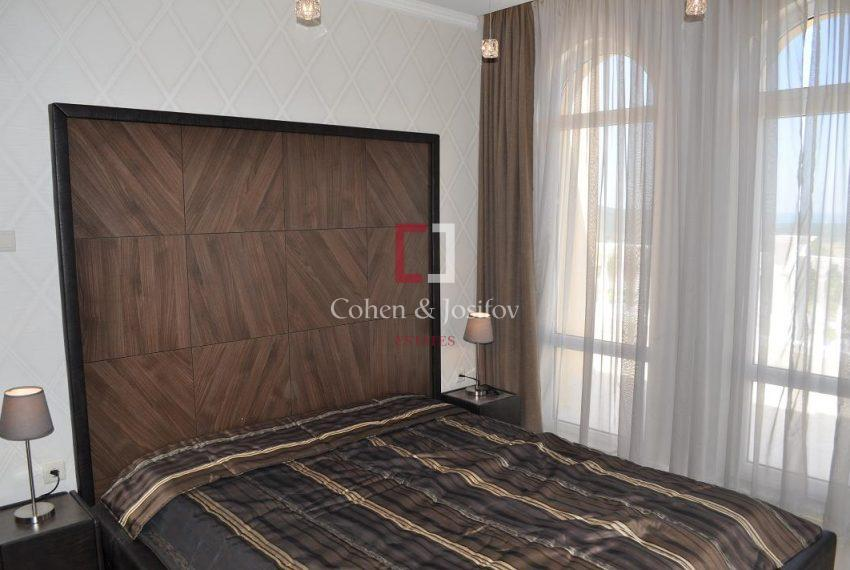 16_Frank Sinatra bedroom