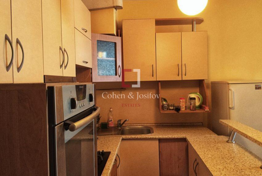 tristaen-apartament-naem-idealen-centyr-varna8